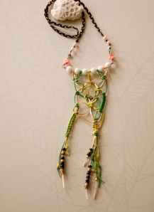 noma_love_catcher_necklace027_detail02_web_2011