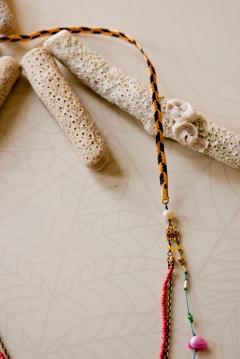 noma_tropical_flow_necklace025_detail02_web_2011