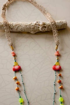 noma_tropical_flow_necklace028_detail02_web_2011