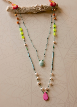 noma_tropical_flow_necklace028_web_2011
